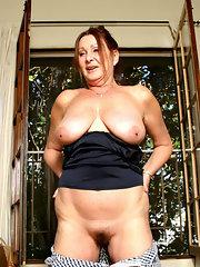 Horny chubby mom