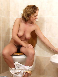 Bathroom Galleries